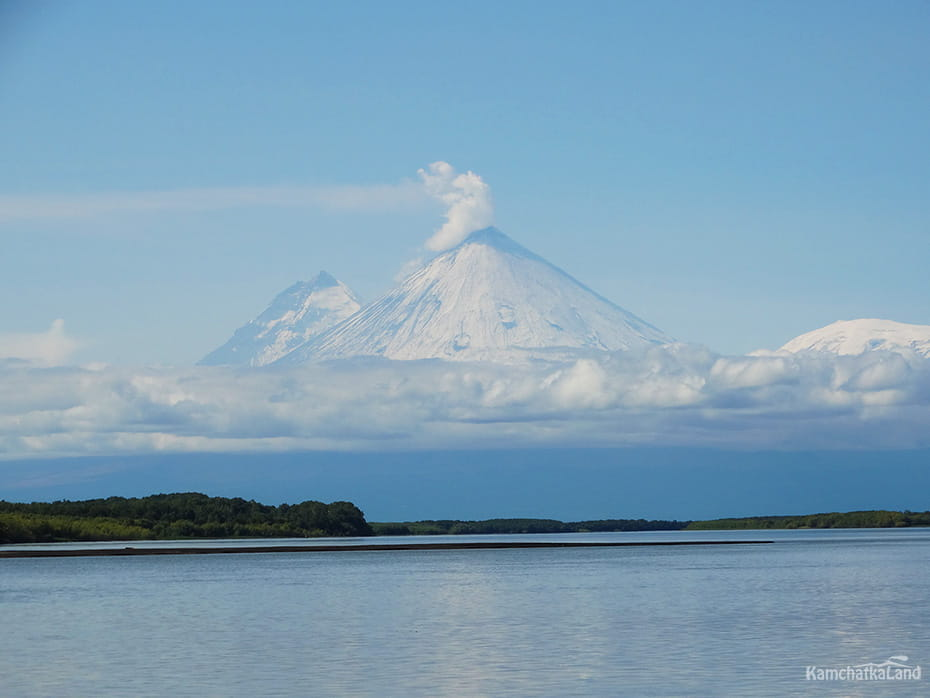 The Azhabachye Lake in Kamchatka