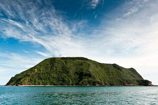 Starichkov island in july travel kamchatka